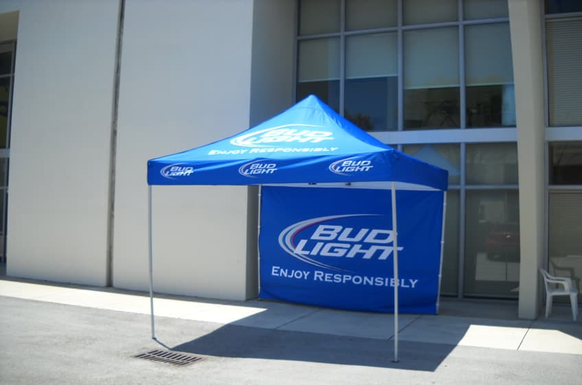 They are constructed with premium quality steel frames textured powder coated or aluminum Hex frames and they come with a 600 denier polyester canopy ... & Event Tents | Custom Advertising Inflatables u0026 Event Marketing ...